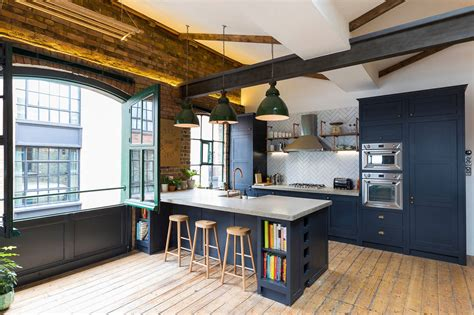 Industrial Style Penthouse in Shoreditch, London