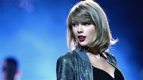 Taylor Swift Open Letter to Apple Music   Teen Vogue